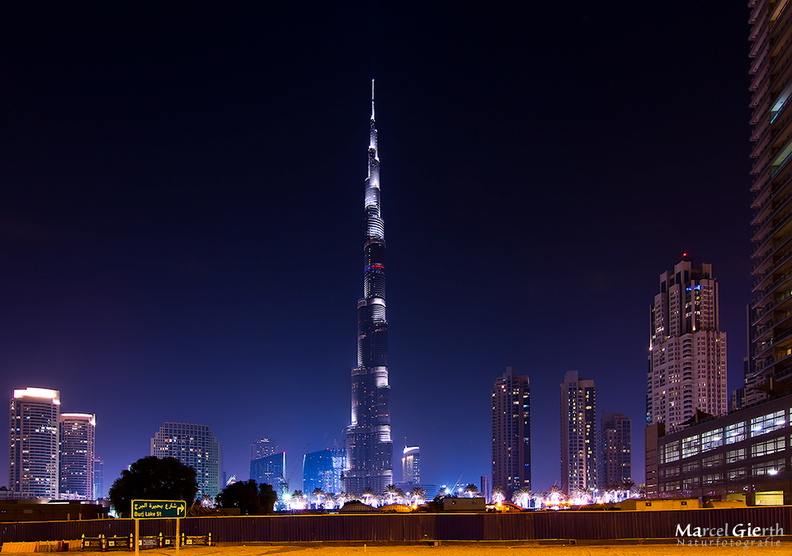 c_burj_by_night_fb_01.jpg